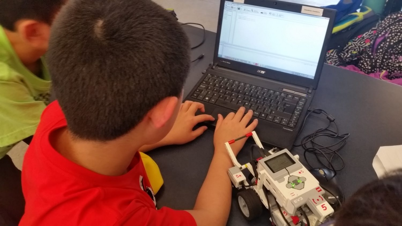 LEGO® Mindstorms EV3: Robotics + Programming - Daedalos