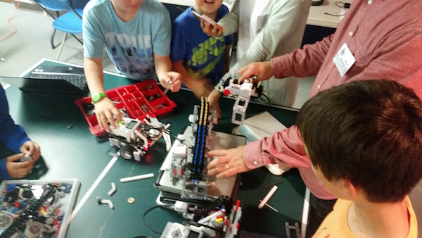 LEGO Robotics Fall 2016 Registration Now Open! – Special Discount until August 15th